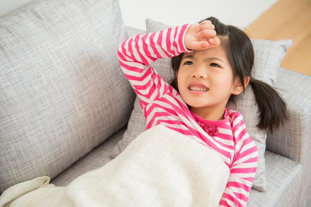 Anak Mendadak Demam, Bolehkah Langsung Minum Obat?