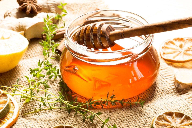 Bahan Alami yang Bisa Dijadikan Ramuan Herbal Batuk Kering untuk Anak, Apa Saja Ya?