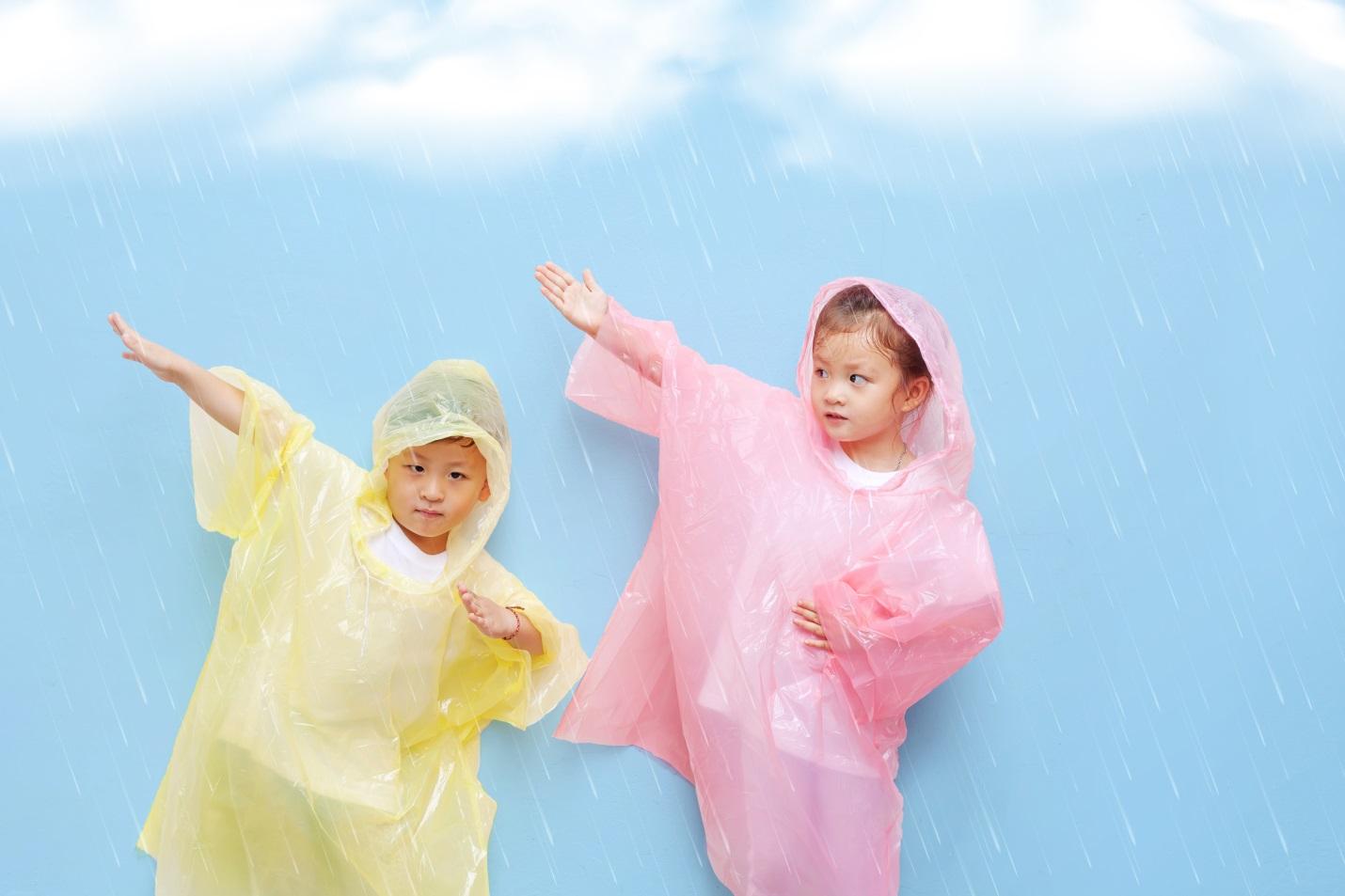 Jangan Sampai Lupa, Ini Essential Kit yang Harus Ada di Rumah Saat Musim Hujan