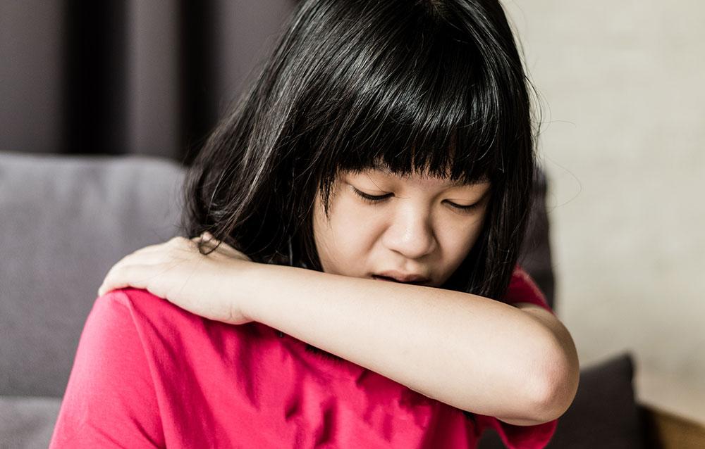Penyebab Anak Batuk Kering yang Jarang Bunda Sadari