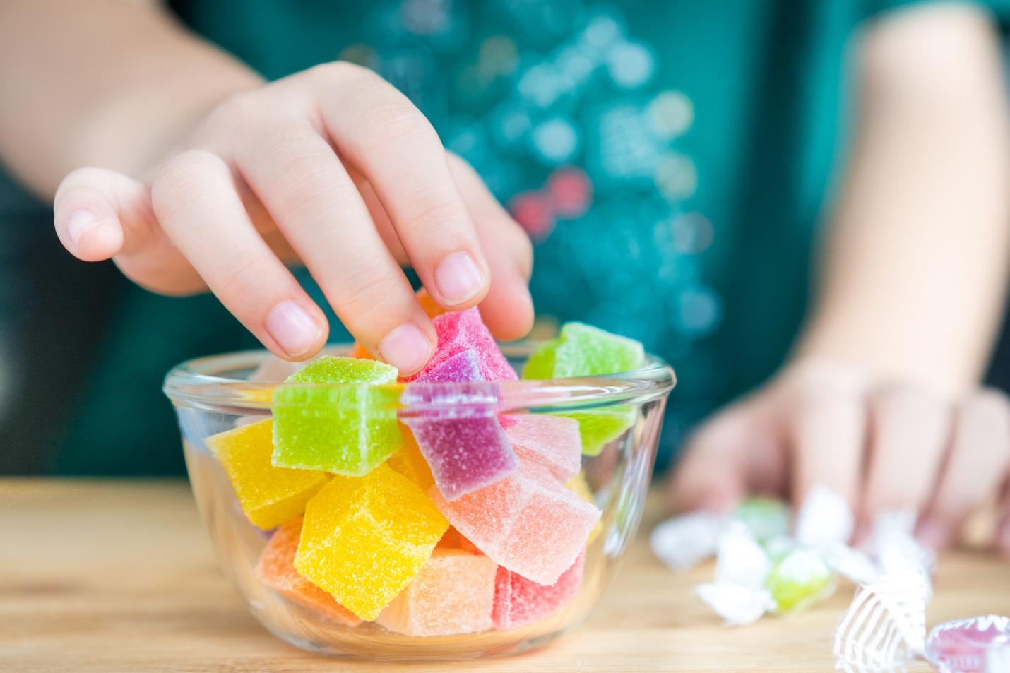 Tips Memilih Obat Batuk Untuk Anak yang Suka Makan Manis